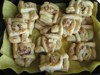 Marcipaniniai pyragėliai, ir vėl :)