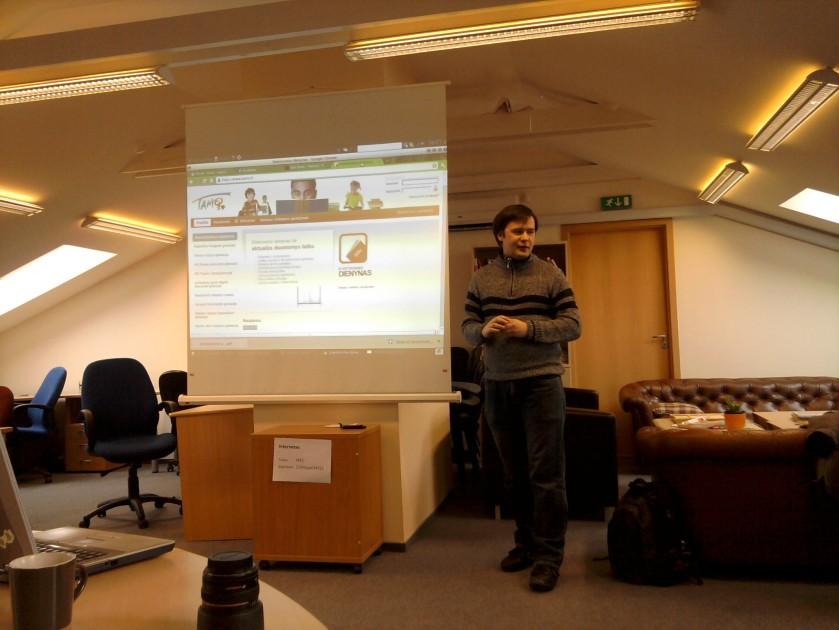 Povilas pasakoja apie elektroninį dienyną mokykloms - tamo.lt