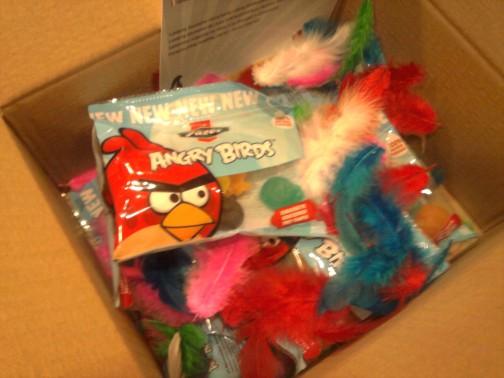 Angry Birds atakuoja