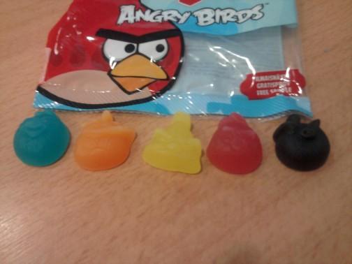 Angry Birds saldainiai