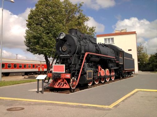 Garvežys prie Klaipėdos traukinių stoties