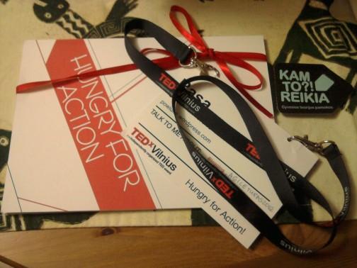 TEDxVilnius 2012 užrašinė ir dalyvio kortelė