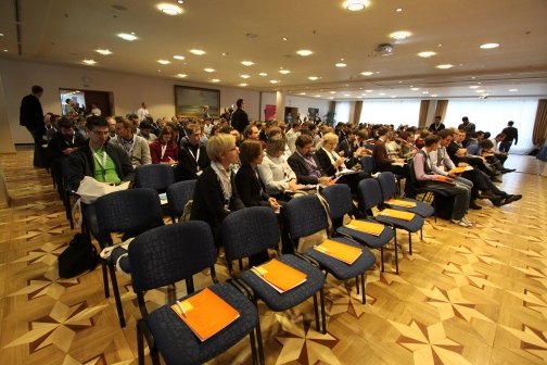 Agile turas 2012 Vilniuje. Pradžia. Ir visi bijo sėstis į pirmą eilę.